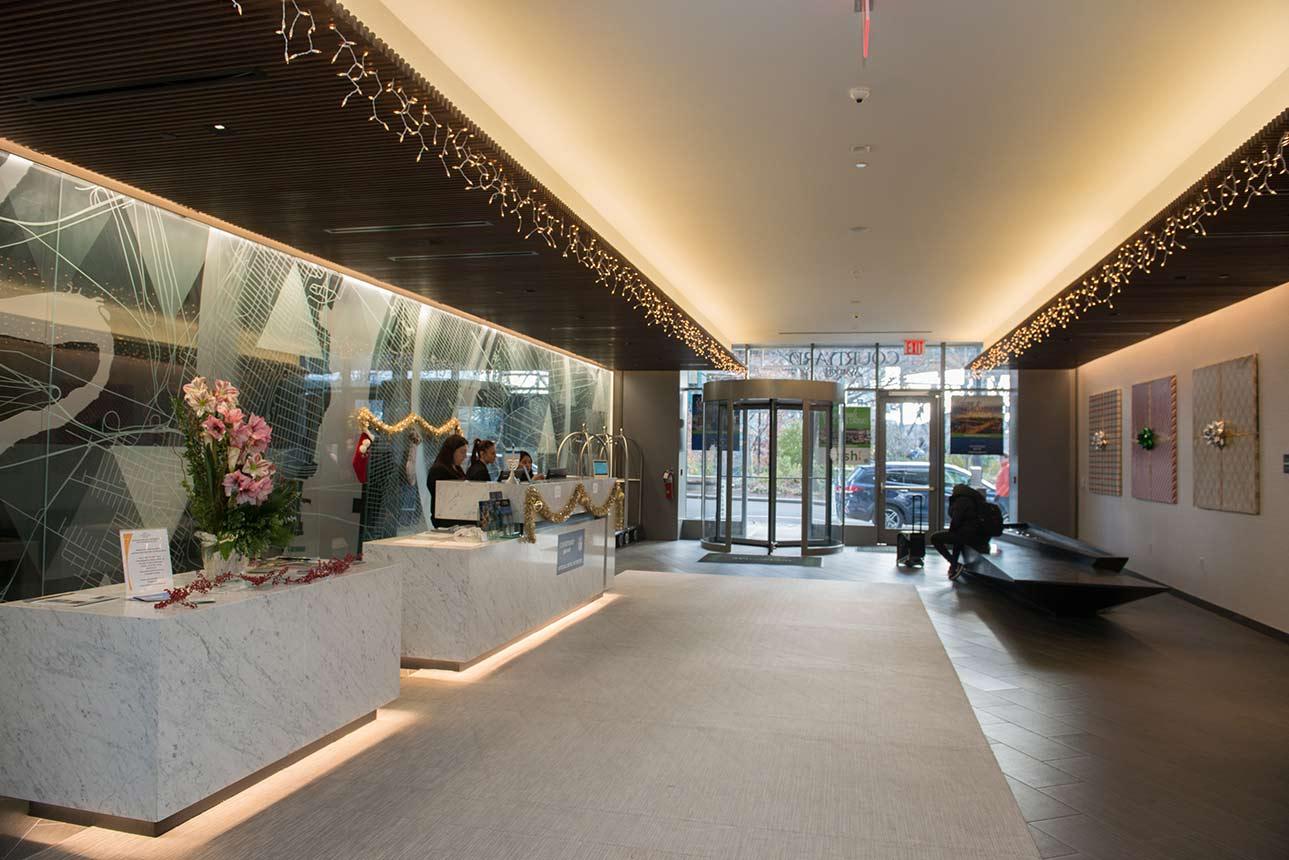 The Courtyard Marriott Hotel LIC long island city 3