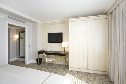 omni berkshire place hotel gotham drywall
